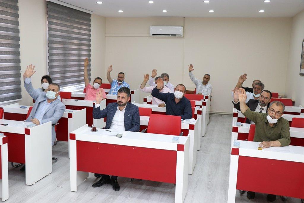 Pozantı Belediye Meclisi'nden İsrail'e Ortak Kınama